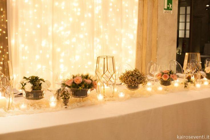 """La tenda luminosa al tavolo degli sposi     Wedding designer & planner Monia Re -www.moniare.com   Organizzazione e pianificazione Kairòs Eventi -www.kairoseventi.it   Foto """"SpringRainStudio di Roberto Ricci"""""""