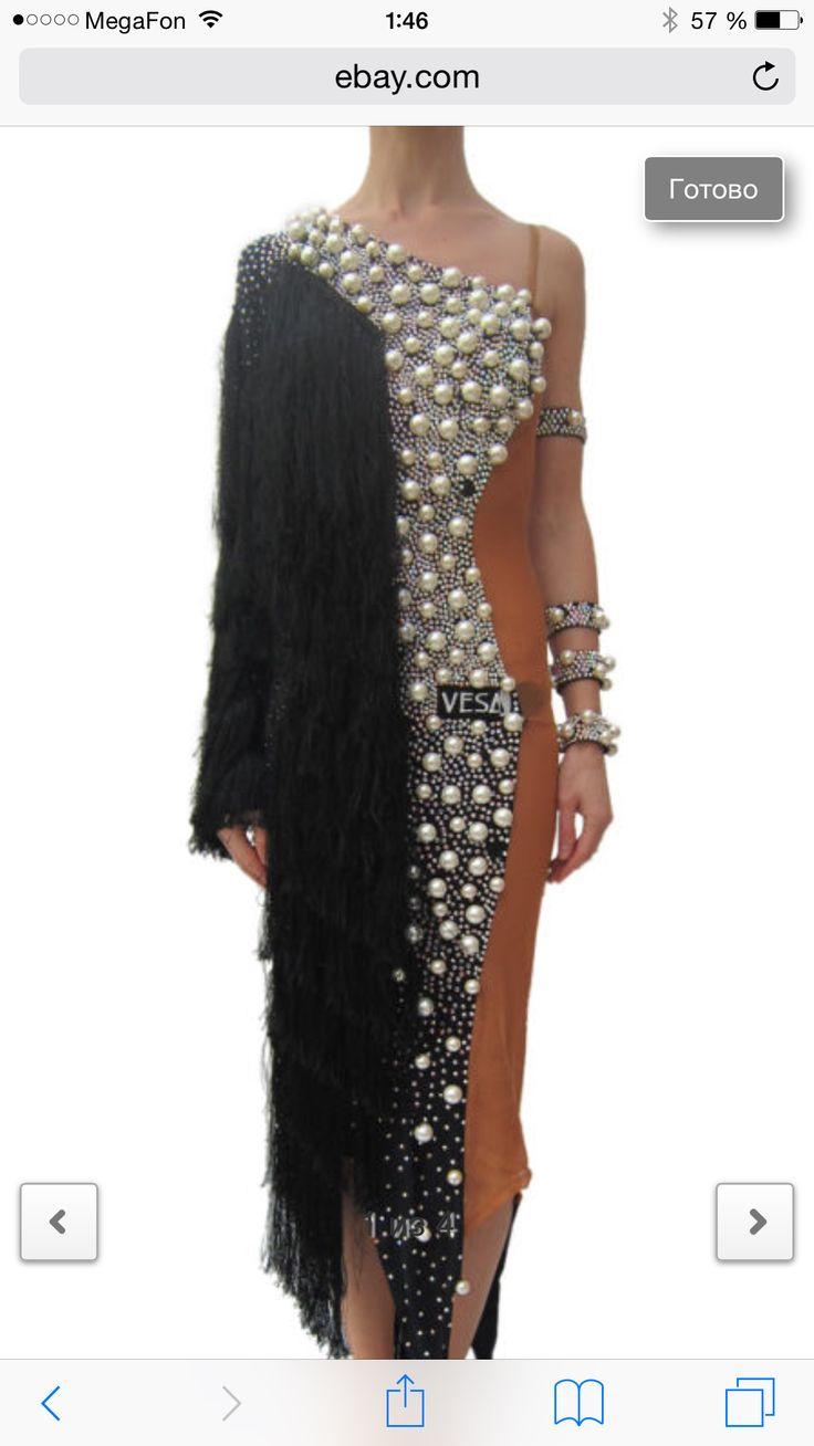 Vesa design dress