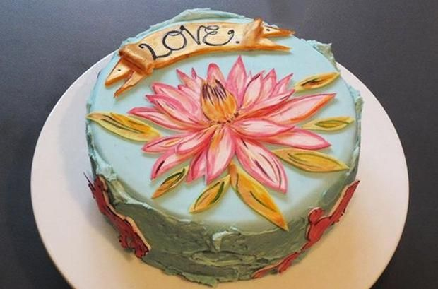 Cake decorating inspiration - love the painted flower I London Review Cake Shop  http://www.londonreviewbookshop.co.uk/cake-shop