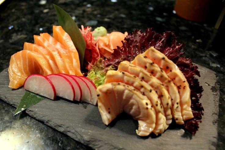 Já está com água na boca? Aproveite o feriado para nos fazer uma visita!   Colinas do Cruzeiro - 21 933 74 01  Parque das Nações - 21 580 66 46   #food  #instafood #japanesefood #foodie #sashimi #japanese #love #yummy #dinner #delicious #sushi #japan #instagood #salmon  #sushilovers #lunch #fish #yum #healthy #foodstagram #restaurant #tuna #friends #foodpics #photooftheday #eat #instadaily #happy #sushinow