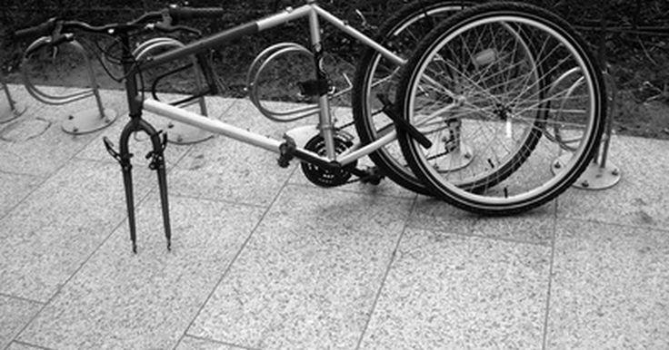 ¿Cómo hacer un cuadro de bicicleta de carbono?. En la producción industrial, los cuadros de bicicleta se hacen generalmente de aluminio. Las ventajas de los cuadros de carbono son el bajo peso y la posibilidad de crear diferentes formas aerodinámicas, de acuerdo a tus deseos y necesidades. Si te gusta el ciclismo y las bicicletas personalizadas, la construcción de un cuadro de la bicicleta de ...