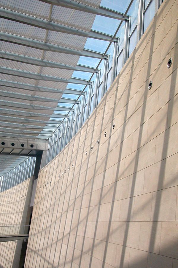 Ceiling Designs SUSPENSE: Convex. The preformed mesh elements are ...