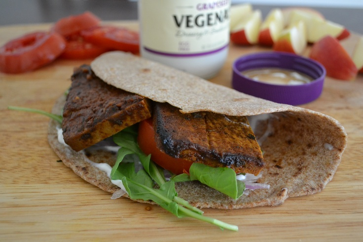 Baked BBQ Tofu Wraps with Ranch Dressing.Baking Bbq, Vegan Recipe, Ranch Dresses, Bbq Tofu, Tofu Wraps, Ranch Dressing, Tofu Recipe
