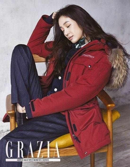 Jung Ryeo Won is prepped for the winter chill in 'Grazia' | http://www.allkpop.com/article/2015/11/jung-ryeo-won-is-prepped-for-the-winter-chill-in-grazia