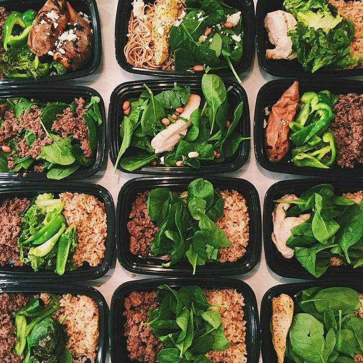 Good morning meal prep community!  Let's remember to eat right on this black Friday to get back into fighting shape after yesterday.  Check out @missfitizen's meals.  Looks absolutely delicious  Find your nearest meal prep companies at Truemeals.com