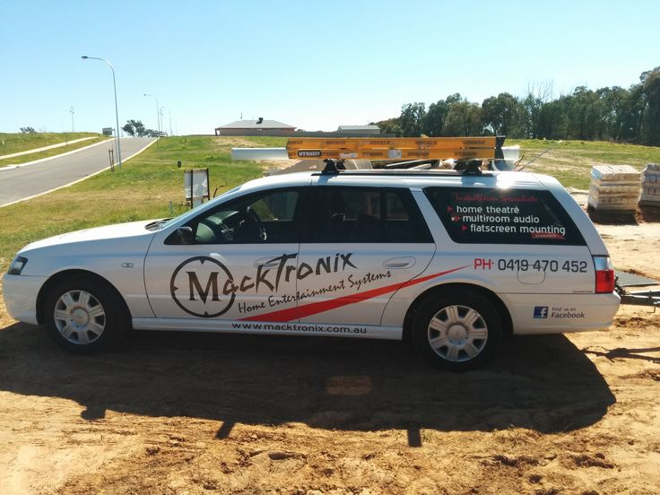 Macktronix newest addition Stationwagon onsite and looking good in its fresh Decals!