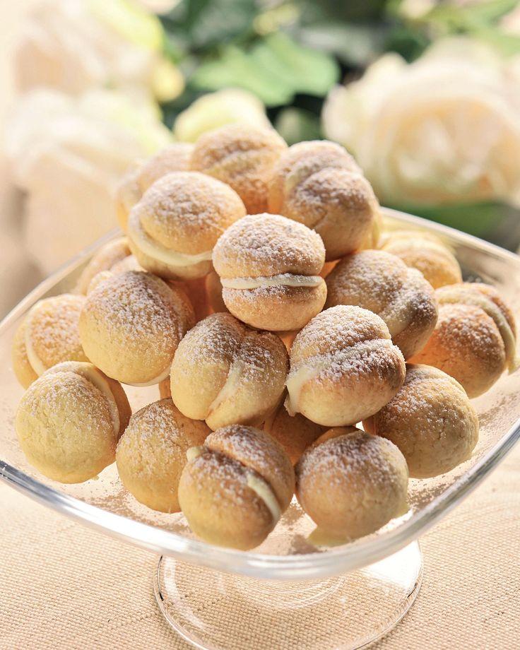 Fursecuri umplute cu ciocolată albă
