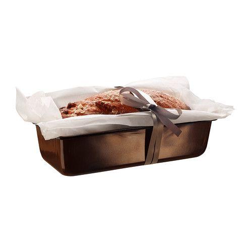 BULLAR Forma de pão IKEA O revestimento antiaderente ajuda a desenformar bolos.