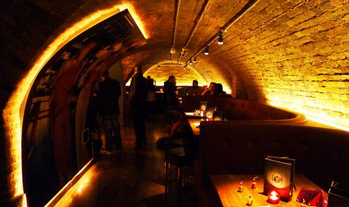 Adventure Bar Covent Garden Central London - Free online booking, information & reviews. Adventure Bar Covent Garden, 20, Bedford Street, Covent Garden, WC2E 9HP