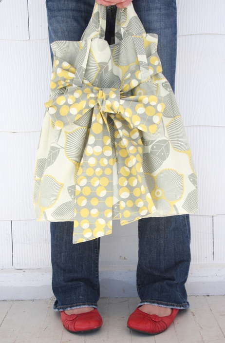 DIY purse... this is adorable!
