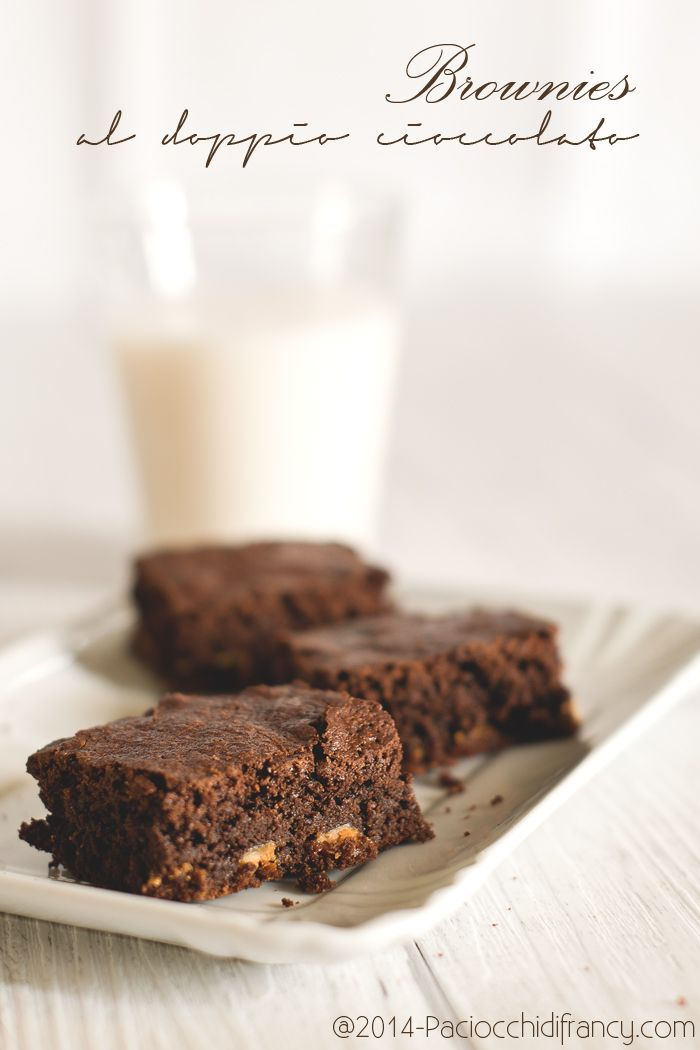 Brownies al doppio cioccolato ( senza burro )