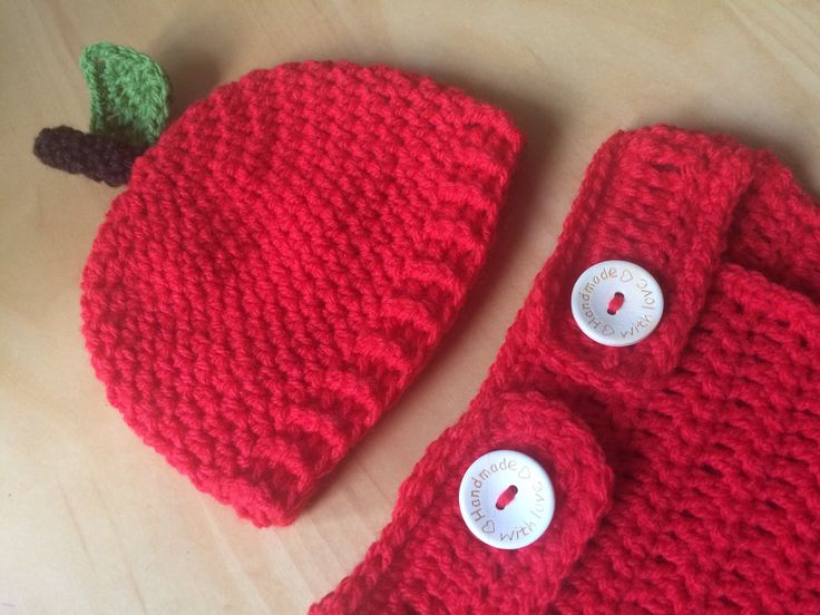Apple Crochet Hat & Nappy/Diaper Cover Set, Baby Photo Prop, New Baby Gift Set, Baby Shower Gift, Wool Hat, Winter Hat, MADE TO ORDER by CrochetByLaura1 on Etsy https://www.etsy.com/uk/listing/563334129/apple-crochet-hat-nappydiaper-cover-set