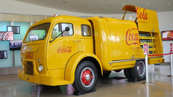 Another classic Loewy design, the coca-cola hobbs truck. Loewy is also responsible for the look of the modern day coke bottle.