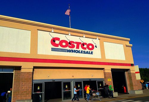 If you've been wanting a Costco membership, now is the time.  Now through February 10th, LivingSocial is offering an amazing deal for new Costco members. For $55 you get a package of items valued at $134.  Here's what you get in addition to the membership: • $20 Costco Cash Card •