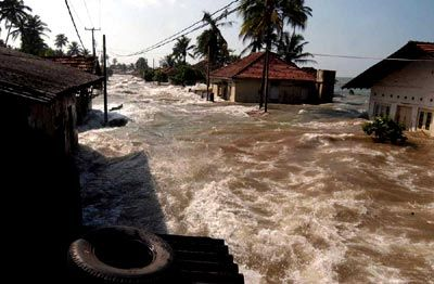 Teratología Conspiratoria Enigmática: El Tsunami 2004 ¿un evento natural?