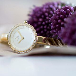 Buy Obaku's beautiful watches online for ladies at best price. Our watches are a perfect present to gift whether it is for your mother, sister or friend. These fashion watches are look good in any wrist and at any occasion.