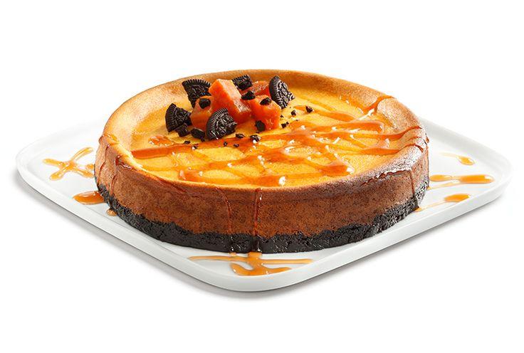 Prepara un delicioso Cheesecake de calabaza para Halloween y día de muertos para el postre. ¡Disfruta de un rico postre de calabaza con este cheescake!