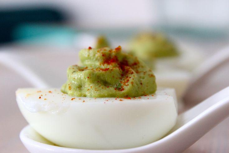 Gevulde eieren met guacamole - Powered by @ultimaterecipe