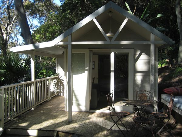 Australia 39 s backyard cabins granny flats backyard boxes for Backyard cabins granny flats