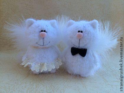 Киски Ангелы. - белый,коты,вязаная игрушка,вязаные коты,сувениры и подарки