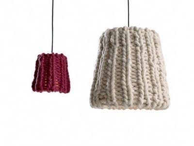 natural modern interiors: Knitted objects :: Granny lamps  | http://naturalmoderninteriors.blogspot.com.au/2011/08/knitted-objects-granny-lamps.html