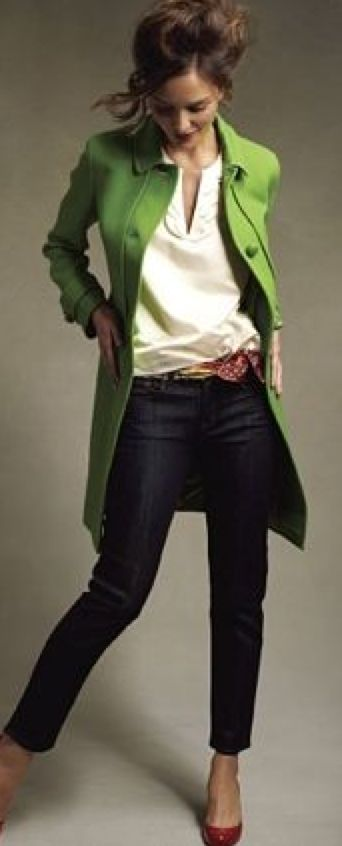 green in fashion I love this style more health more wealth more life www.mypurium.com/1978