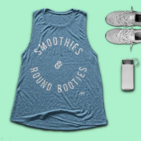 SMOOTHIES & ROUND BOOTIES Womens Muscle Tank - She Squats - Squat Tank - Womens Fitness - Yoga Tank - Crossfit Womens Tank - Spin -  Pilates