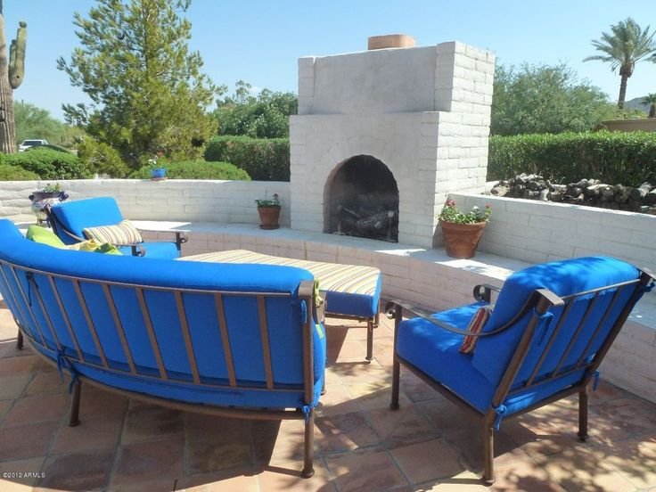 Transitional Patio with exterior tile floors, exterior terracotta tile floors, outdoor pizza oven