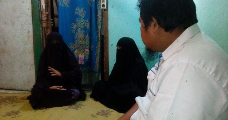 Pelecehan terhadap muslimah kembali terjadi, kali ini pelakunya adalah anggota kepolisian Polres Solo. Perbuatan tersebut dilakukan saat Siti Aminah hendak diperiksa sebagai saksi di ruang