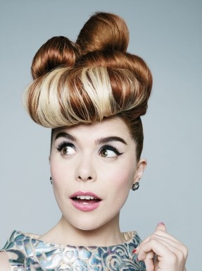 Paloma Faith I love this chick she always makes me smile!!