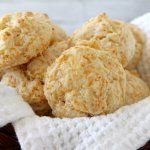 Garlic Cheddar Drop Biscuits - easy homemade biscuit recipe similar to Red Lobster biscuits! SnappyGourmet.com
