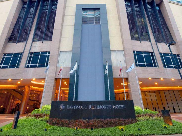 Eastwood Richmonde Hotel  Eastwood Richmonde Hotel en Manila (Filipinas)  Hotel Ranking : 7.9  El Eastwood Richmonde Hotel es una eleccin popular entre los viajeros en Manila ya sea que se encuentren de paso o deseen recorrerla. El hotel te ofrece una amplia gama de servicios y beneficios que seguramente harn que pases un gran momento. Servicio de habitaciones 24h Wi-Fi gratis en las habitaciones Seguridad 24h limpieza diaria enfermera son algunas de las comodidades que se ofrecen en el…
