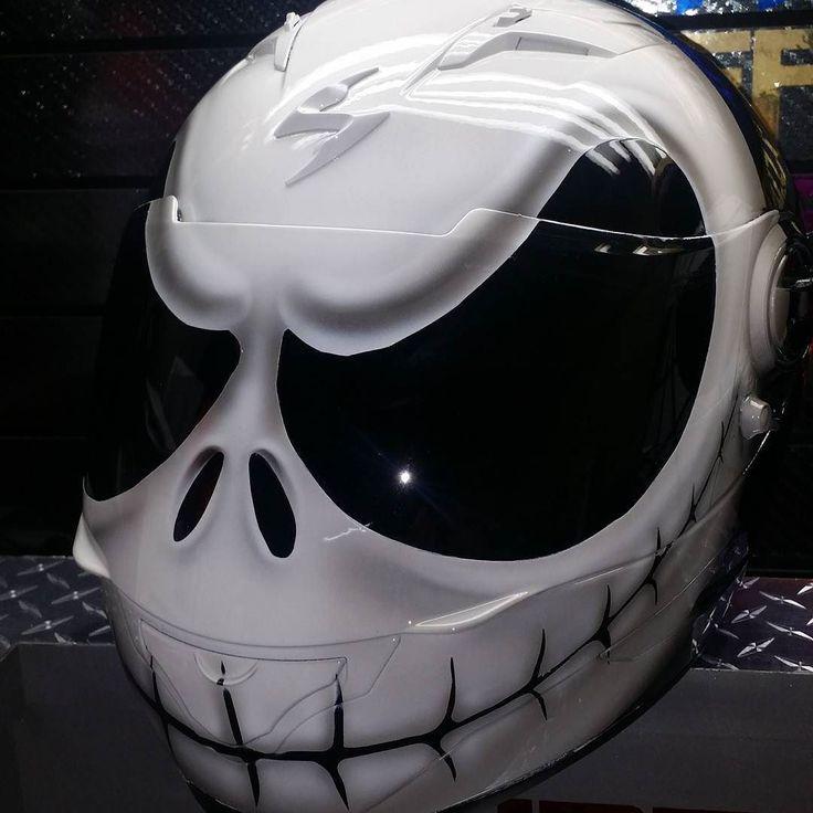Custom Airbrushed Motorcycle Helmet by Airgraffix.com 256
