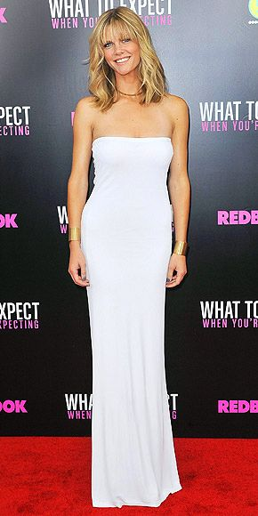 BROOKLYN DECKER photo | Brooklyn Decker - this is very chic. I want it in my closet. Classic.Calvin Klein, Small Dresses, Strapless Dresses, Klein Strapless, Style Dresses, Strapless Gowns, Maxis Dresses, White Dresses, Decker White