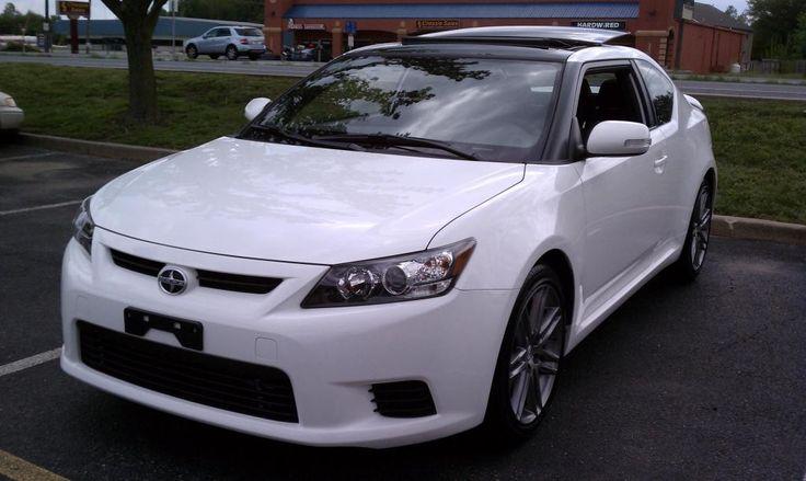 Scion tC Hatchback White Color