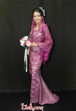 malay-purple-wedding-kebaya-dress