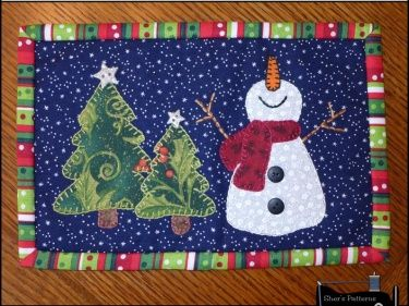 PDF Pattern to make this Christmas themed mini quilt or snowman mug rug which measures 6 1/2