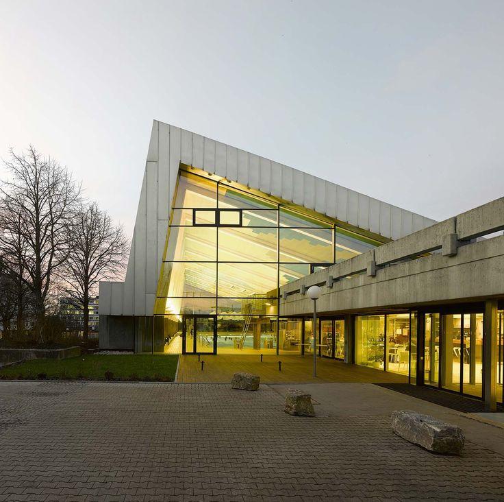 Centro Esportivo em Leonberg / 4a Architekten  | ArchDaily Brasil