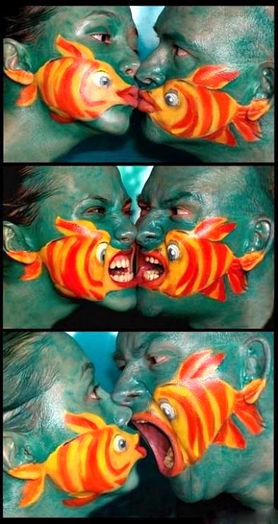 http://beverlyhillshoneys.com/wp-content/uploads/2012/10/halloween-makeup-facepaint-face-paint-costume-fish.jpg