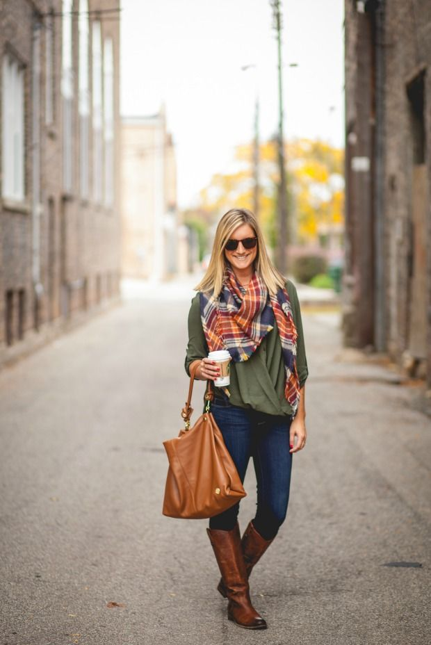 Cute fall outfit!  That shade of green is not one I typically wear but I would definitely try it for fall!   https://www.stitchfix.com/referral/5641567