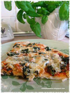 Domowa pizza ze szpinakiem