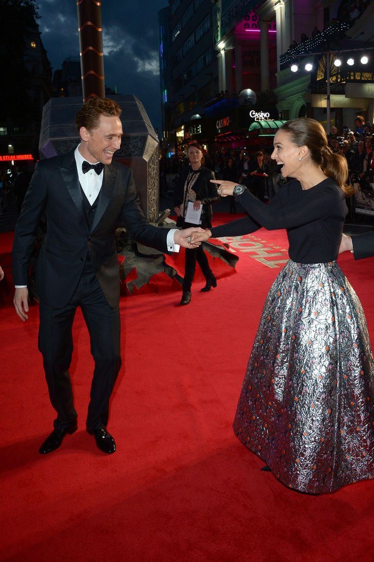 Tom Hiddleston and Natalie Portman attend the World Premiere of 'Thor: The Dark World' at The Odeon Leicester Square on October 22, 2013 in London, England [HQ]