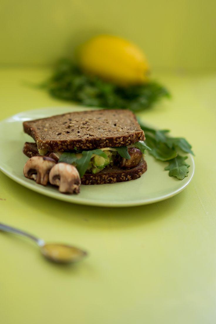 Rezept: Avocado Champignons Sandwich