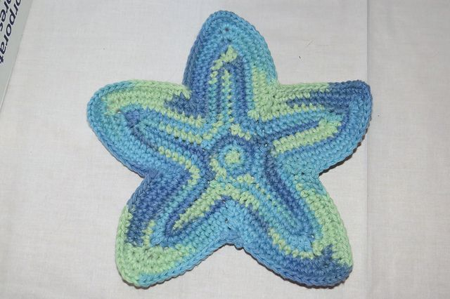 Free Crochet Starfish Dishcloth Pattern : 17 Best images about mycrochet shells&boats&fish on ...