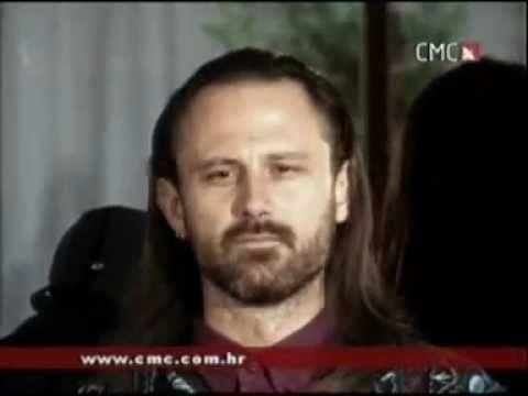 """Branimir Štulić """"Usne vrele višњe"""""""