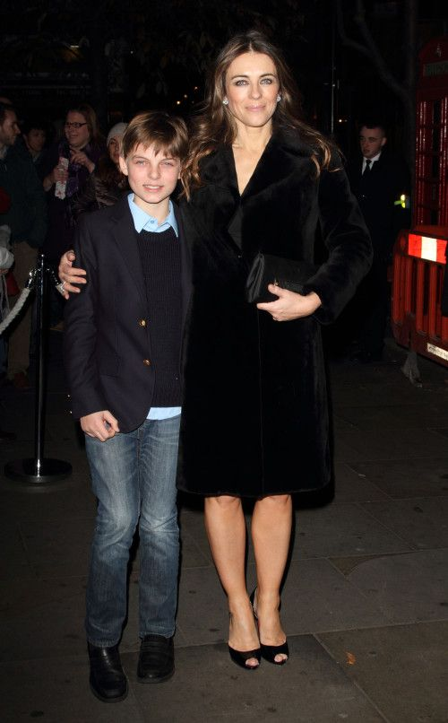 Elizabeth Hurley Damian Elizabeth Hurley Hurley Style Celebrity Families