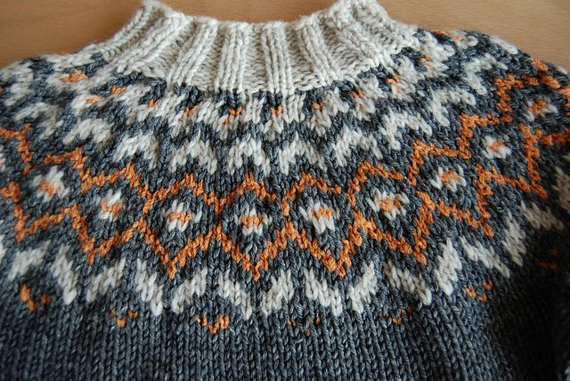 Ravelry: Frost pattern by Unnur Eva Arnarsdóttir