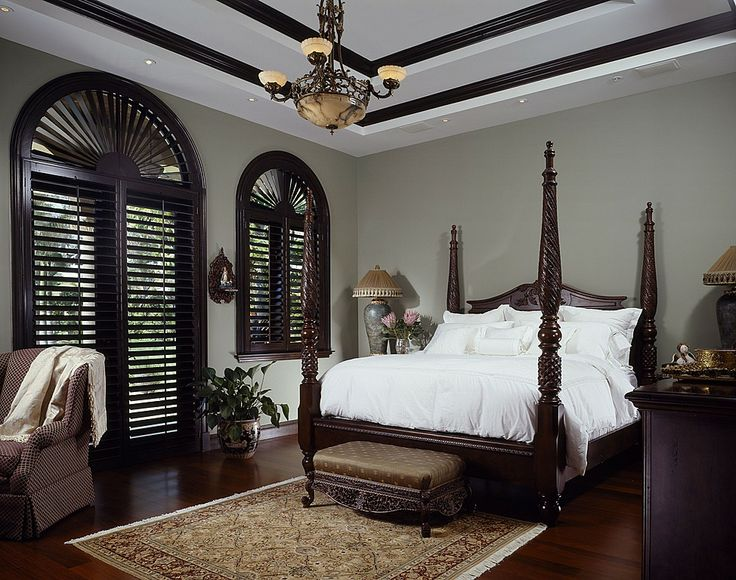 Traditional Bedroom Decor