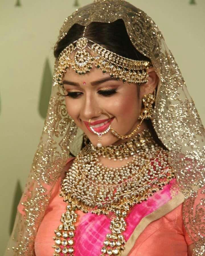 Jannat as pankti ❤beautiful as bride.