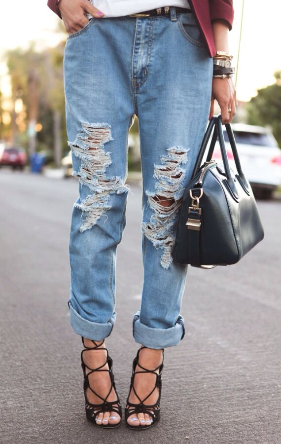 Ripped jeans ❤️